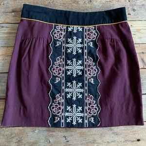ANTHROPOLOGY Floreat embroidered mini skirt.